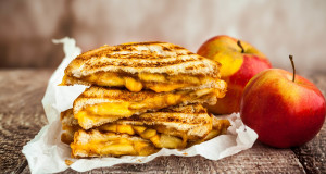Onion and Apple Grilled Cheese Sandwich